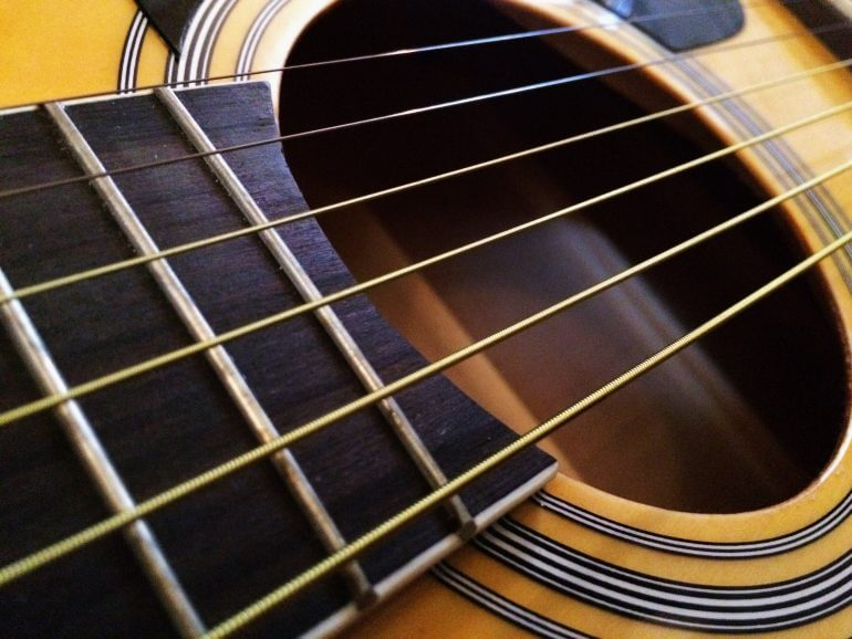 the best guitar strings for beginners