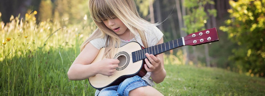 best acoustic guitars for kids